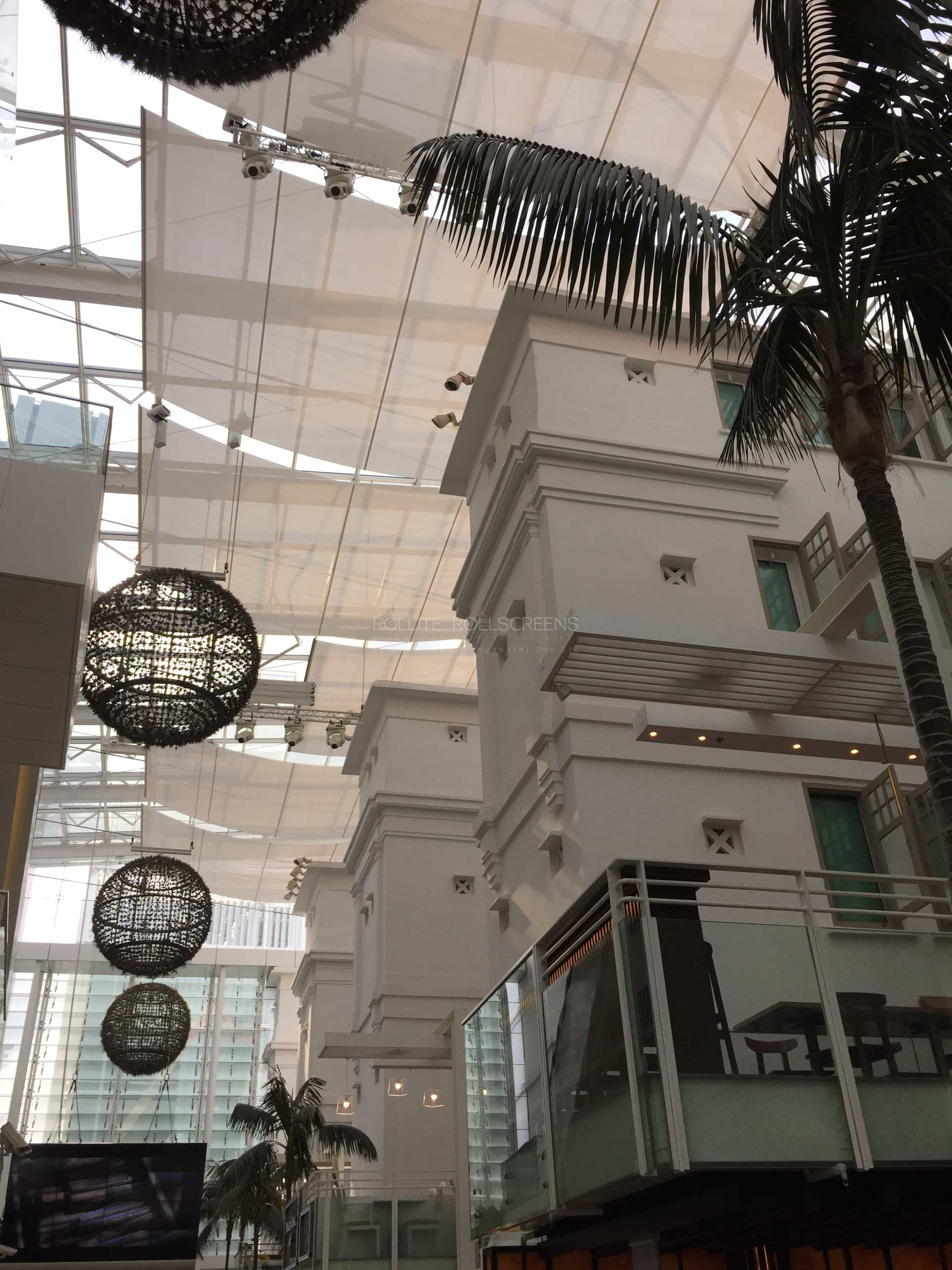 Sunscreen Singapore_Rollite Skylight 18